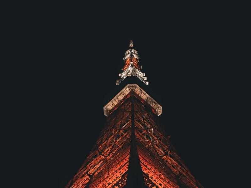 Tokyo Tower bei Nacht, Beleuchtung