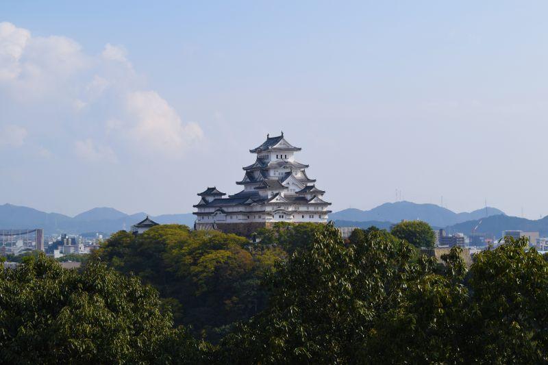 Himeji-jo, Aussicht von der Aussichtsplattforn Otokoyama Haisuuiike Park
